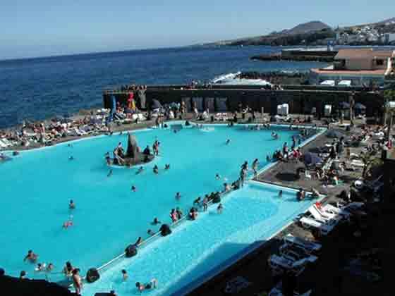 S se puede denuncia las deficiencias de la piscina for Se puede fumar en las piscinas