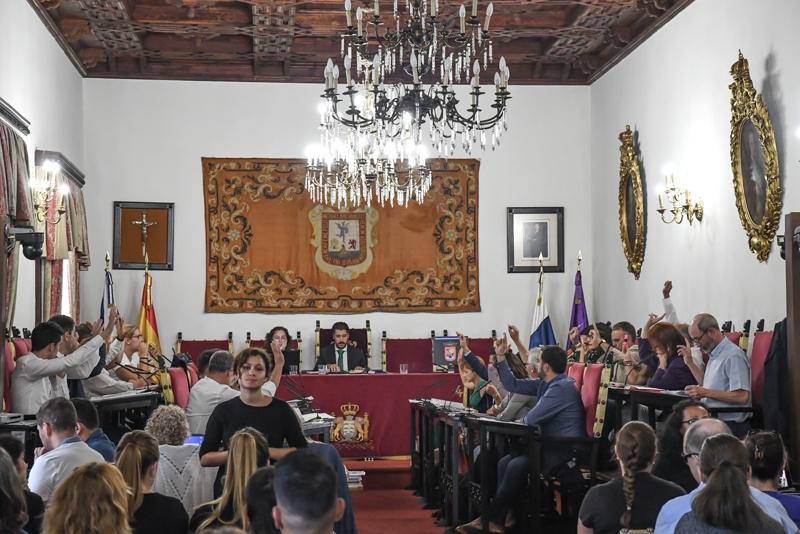 Resultado de imagen de El Ayuntamiento de La Laguna insta al Gobierno de Canarias a reconocer la sordoceguera como discapacidad única